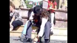 Amazing acoustic guitar solo by Estas Tonne