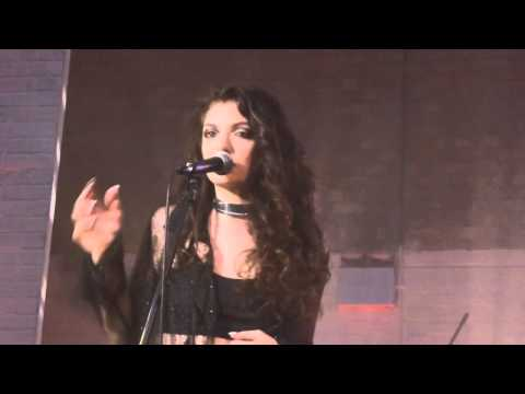 Lorde - Swingin' Party (The Replacements Cover) (HD) - Oval Space - 31.10.13