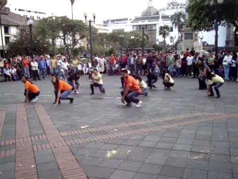 Flash Mob Ecuador, BackStreet Boys Fan Club Ecuador. Larger Than Life. Quito-Ecuador Nº3