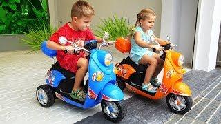 ركوب ديانا وروما إلى حديقة الحيوان فيديو للأطفال