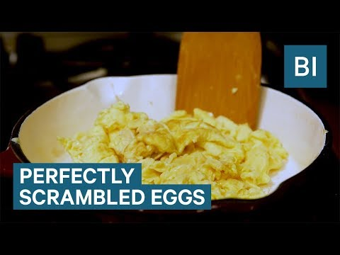 Thumbnail: How to make scrambled eggs according to Top Chef judge Tom Colicchio