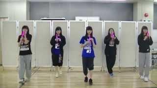 東京女子流「Love like candy floss」では、曲中に会場全体でペンライト...