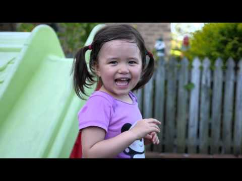 Kids in the front yard - GH4 slow motion test