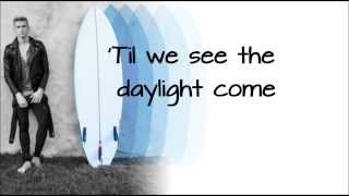 Repeat youtube video Surfboard - Cody Simpson + Lyrics on screen