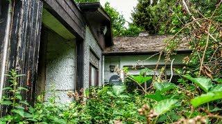 DAS HAUS DES JÄGERS | versteckt hinter Bäumen | LOST PLACES