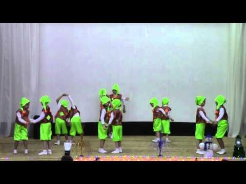 Пряничные гномики, танцует хореографический коллектив Радуга