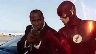 The Flash Catches a bullet! Cool Scene