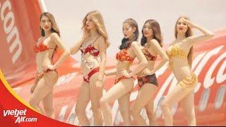 Vietjet Bikini Collection 2018 cực HOT với siêu mẫu Minh Tú & Celine Farach