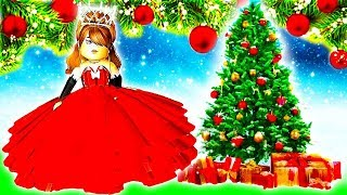 DRESSING UP AS HOLIDAYS ROYALE HIGH 2!🌲💗 Roblox Royale High School   Roblox Roleplay