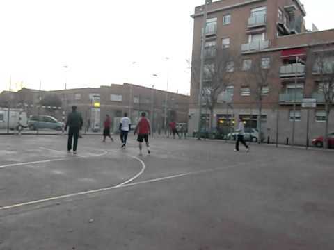Futbol almeda equipo Barbara contra equipo Toni.avi