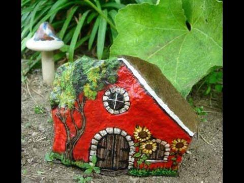 Идеи для сада своими руками - рисуем домики на камнях. Поделки из камней в виде домиков