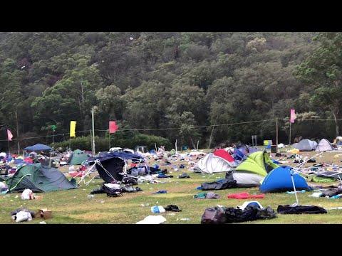 Paradise Festival Rubbish || ViralHog