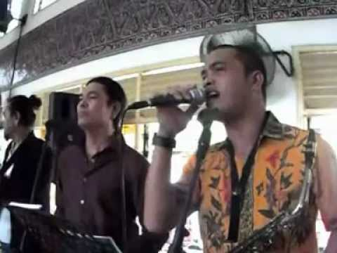 Medley Lagu Pesta Batak 21 Juli 2012.wmv