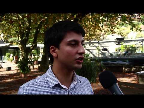 Direkte Gespräche, um Jugendliche für politische Themen zu motivieren [Pressevideo]