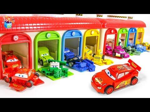 Learning Color Disney Pixar Cars Lightning McQueen garage Lego play video for kids