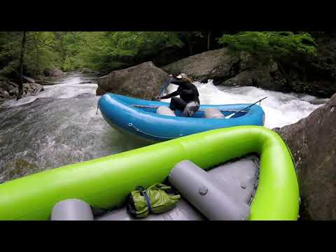 R1 Rock Creek Rafting : First raft descent