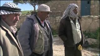 جرافات إسرائيلية تهدم منازل فلسطينيين