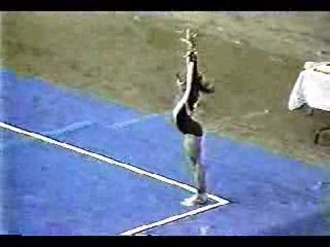 Shannon Miller at age 11 on floor