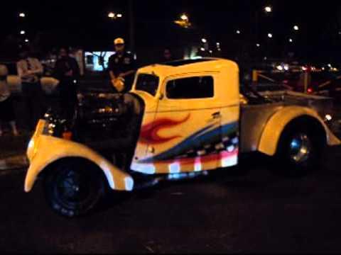 Blown Gas Hemi '33 Willys at Hawaii Kai Cruise Night 3/26/11