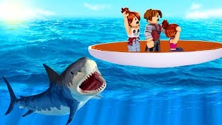 ROBLOX-FLEEING SHARKS in THE FAMILY (Shark Bite)