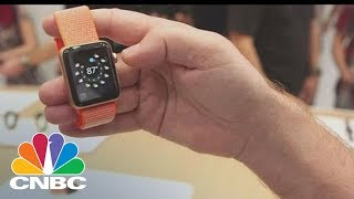 Here's What People Are Saying About The Apple Watch Series 3 | CNBC