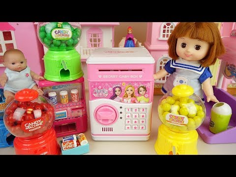 Baby doll safe box and candy machine surprise eggs play