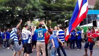 Reading FC and Thai fans dance