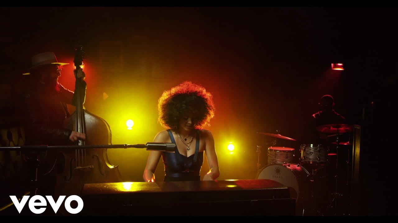 Kandace Springs || People Make The World Go 'Round