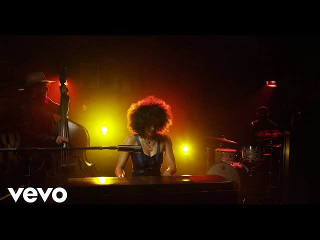 Kandace Springs - People Make The World Go 'Round