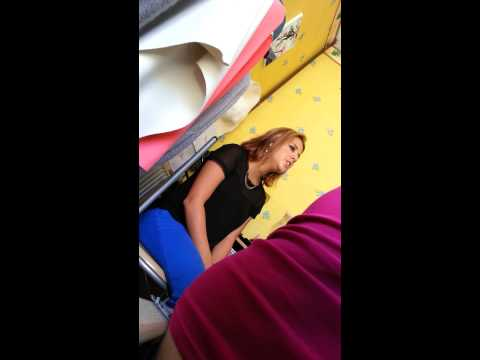 Elle Chante Du Céline Dion