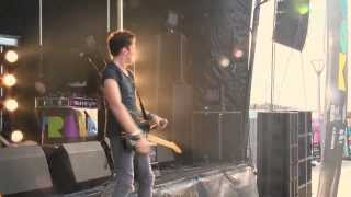 McFly - Party Girl - Live at Hull Freedom Festival [HQ]