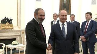 В Москве прошла встреча Владимира Путина с Николом Пашиняном