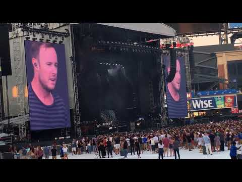 """One Republic """"Connection"""" At CitiField New York"""