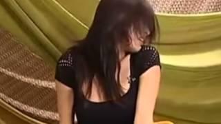 鍾麗緹示範性高潮影片瘋傳 狂歡甩髮喊OMG