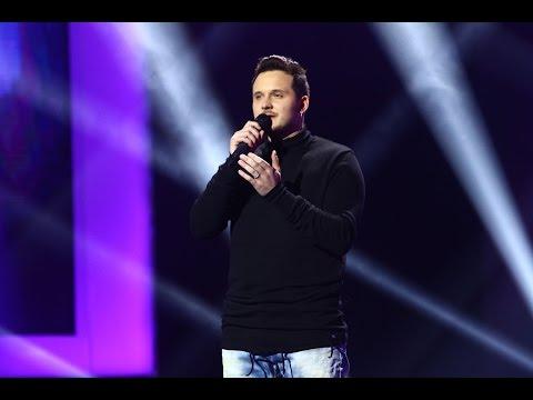 """Blue - """"Breathe easy"""". Vezi interpretarea lui Marcel Roșca din a doua gală live X Factor!"""
