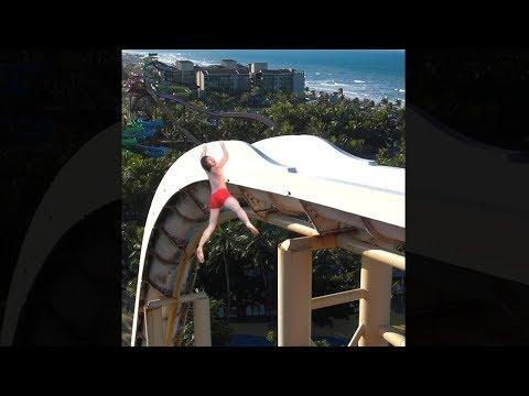 Hombre se cae del tobogan mas alto del mundo...! 5 Accidentes en TOBOGANES Captados en Cámara