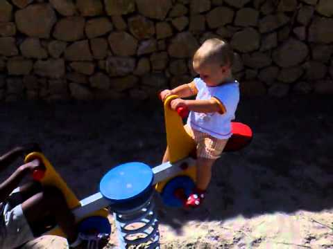 Iluna´s first time on the playground