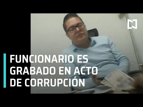 Graban a funcionario de obras de Coyoacán recibiendo dinero para no suspender obra - En Punto