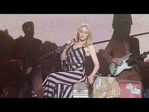 Kylie Minogue - Golden (Live At Frankfurt 18-11-18)