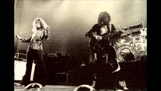09. Trampled Under Foot - Led Zeppelin [1975-02-13 - Live at Uniondale]