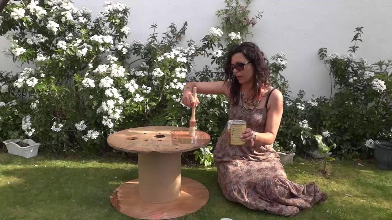 Como hacer una mesa de terraza a partir de una bobina de for Como hacer una terraza rustica