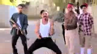 Funny zombie dances like Michael Jackson. Must see