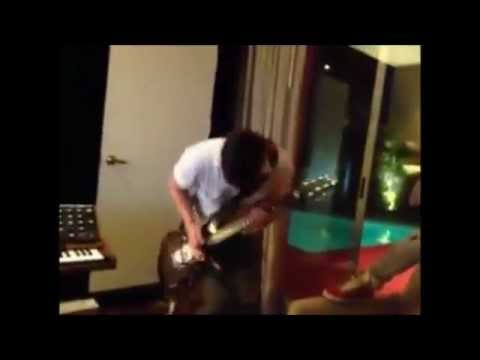Limp Bizkit recording Stampede of the Disco Elephants Mp3