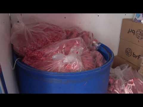 Decomisan carne en mal estado.