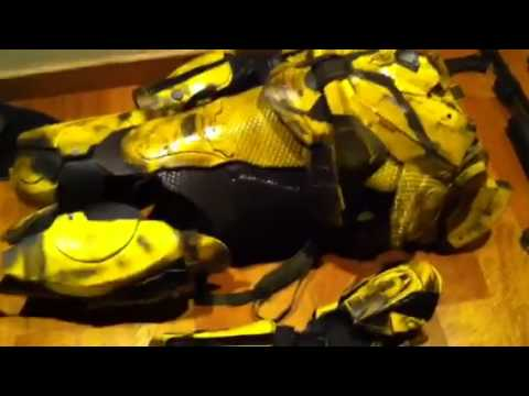 Real Halo 4 Recon Armor - YouTube