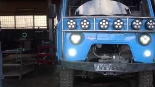 Светодиодные фонари 360 Вт на Уаз Буханке(Вся светотехника на машине фабричная светодиодная, нет ни одного галогенового источника света., 2013-06-27T17:40:49.000Z)