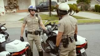 Калифорнийский дорожный патруль 2017 (комедия) - ТРЕЙЛЕР на РУССКОМ