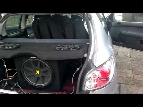 Kicker Car Audio,  Peugeot 206, Dubstep , Hardcore!!