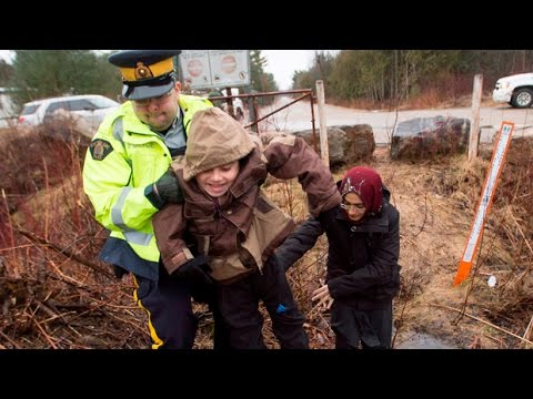 Sunday Scrum: Asylum seekers crossing into Canada