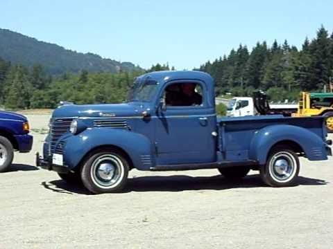 Pictures Of Old Trucks : fargo truck from the duncan antique truck show youtube ~ Russianpoet.info Haus und Dekorationen